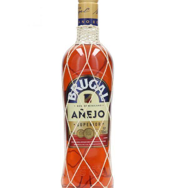Brugal Anejo Rum Fles 70 Cl.